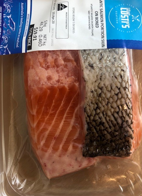 Tas salmon port skin on